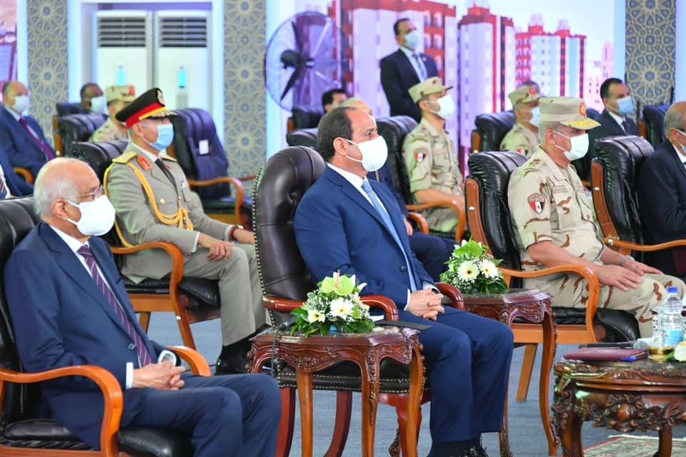 افتتاح الرئيس السيسي لعدد من المشروعات القومية يستحوذ على عناوين الصحف الصادرة اليوم