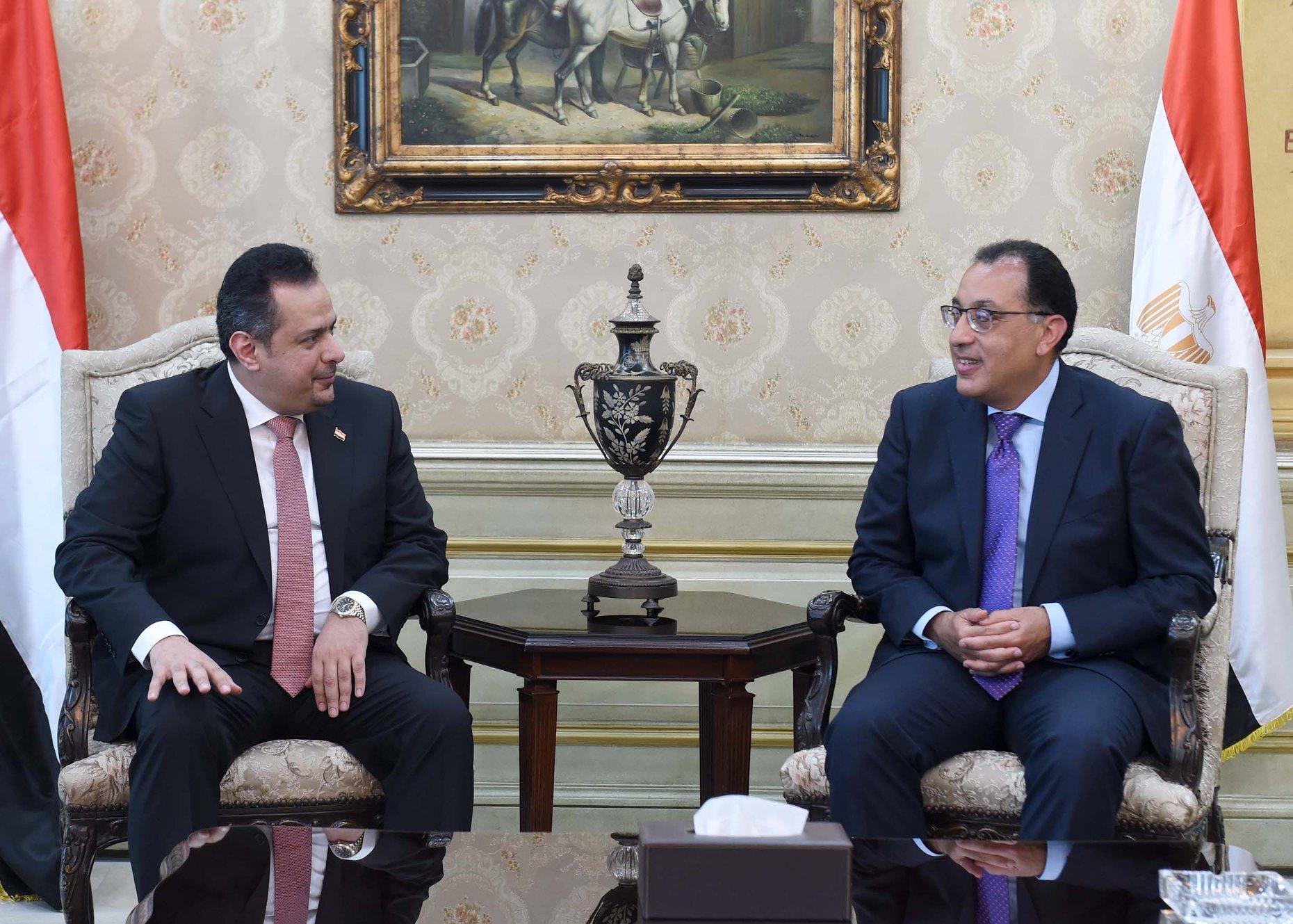 بدء جلسة المباحثات الثنائية الموسعة بين رئيس الوزراء ونظيره اليمنى
