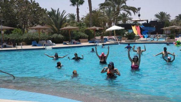 زائرو البحر الأحمر يتوافدون على الفنادق والمنتجعات أول أيام عيد الأضحى