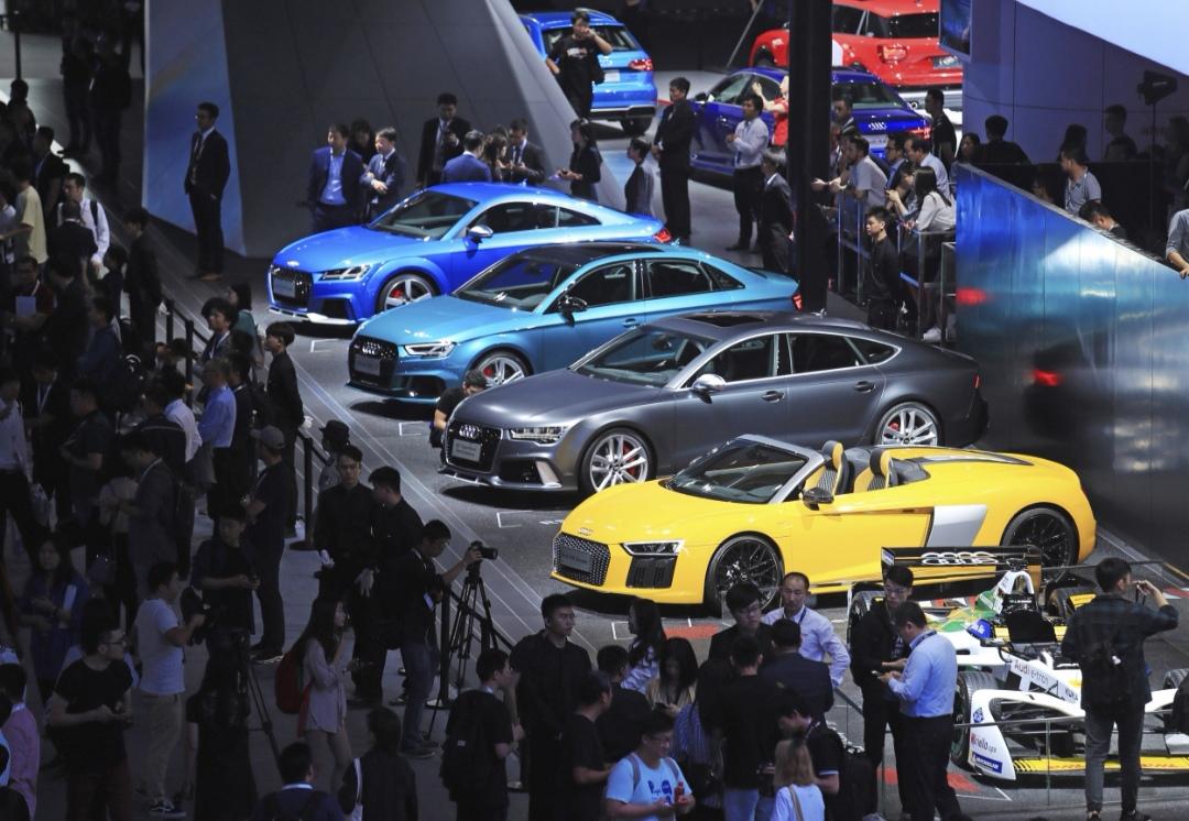 افتتاح معرض دولى للسيارات عبر الإنترنت شمال شرقى الصين بسبب كورونا