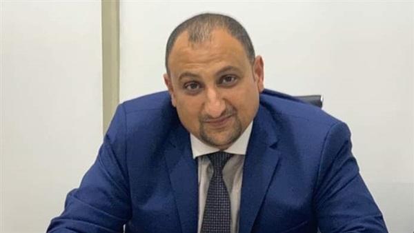 """مجلس الوزراء: علاج """"عم عاطف .. أقدم شيال في مصر"""" على نفقة الدولة"""
