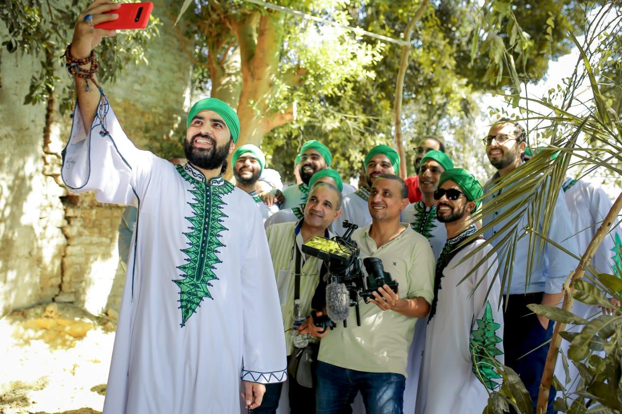 صور | فرقة الحضرة تطرح «نفسي أزورك يا نبي» في عيد الأضحى