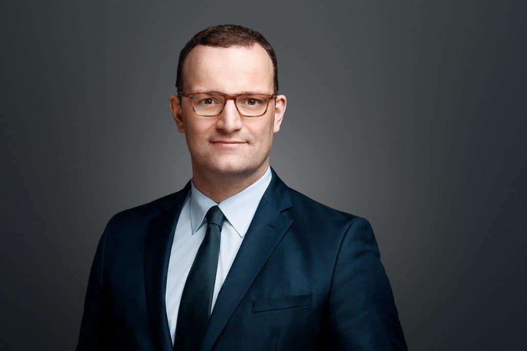 """وزير الصحة الألمانى يحذر من موجة """"كورونا"""" ثانية خلال إجازات الصيف"""