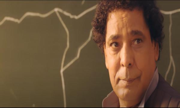 محمد منير: اعتذر بالنيابة عن كل رجال مصر الشرفاء لبنات مصر