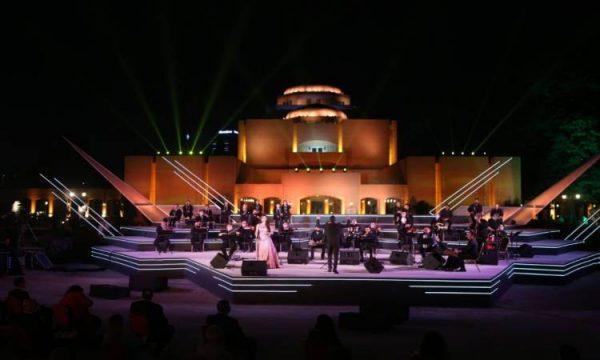 وزيرة الثقافة: مصر أول دولة عربية وإفريقية تعيد الحياة للأنشطة الإبداعية