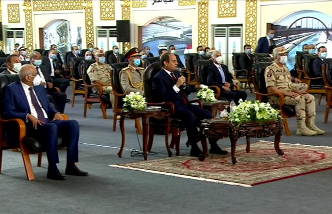 الرئيس السيسي : التعدي على الأراضي الزراعية لا يقل خطورة عن سد النهضة