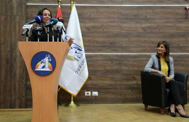 مايا مرسي: مصر أول دولة بالعالم تصدر ورقة للاستجابة لاحتياجات المرأة المصرية