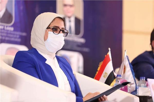 وزير الصحة: للعلماء المصريين دور كبير فى وضع بروتكولات الشفاء من كورونا