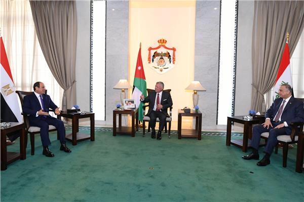الرئيس السيسي: سعدت بلقاء عاهل الأردن ورئيس وزراء العراق