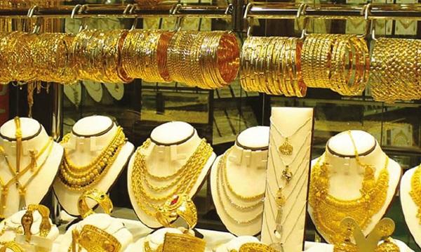 أسعار الذهب تتراجع جنيهان.. وعيار 21 يسجل 908 للجرام
