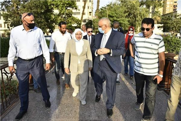 نائبة محافظ القاهرة تتفقد أعمال تطوير كوبري المانسترلي