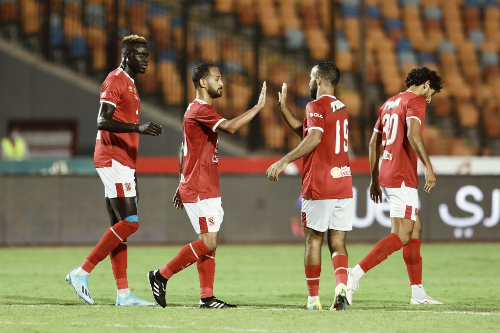الأهلي يفوز على أسوان بثلاثية نظيفة في الدوري المصري