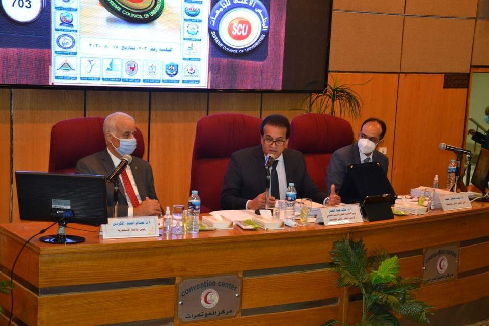 """""""الأعلى للجامعات"""" يشكر الرئيس السيسي على دعمه لمنظومة التعليم والبحث العلمي"""