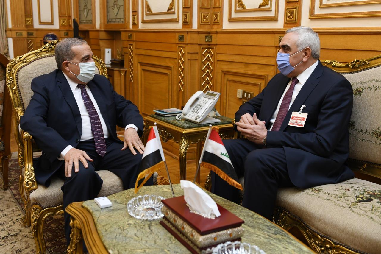 صور | وزير الإنتاج الحربي يبحث مع سفير العراق مجالات التعاون المشترك