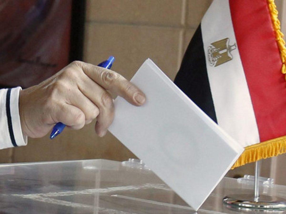 سفارة مصر بالكويت تبدأ في تلقي أوراق الاقتراع في انتخابات مجلس الشيوخ