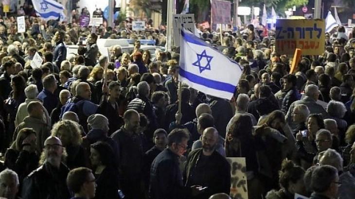 الشرطة الإسرائيلية تعتقل 12 متظاهر طالبو باستقالة نتنياهو