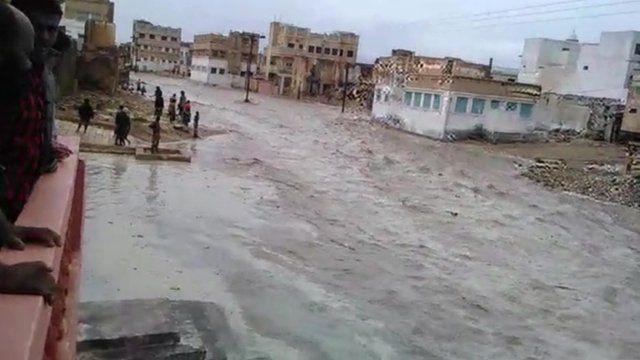 مفوضية اللاجئين: 300 ألف شخص فقدوا منازلهم بسبب الفيضانات فى اليمن
