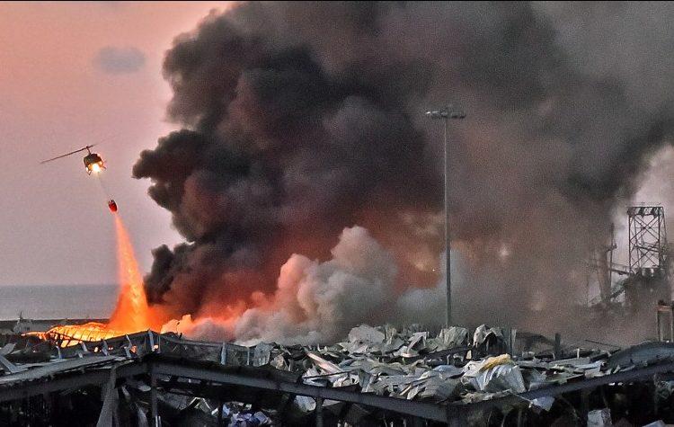انتشار كثيف للجيش اللبنانى فى محيط ميناء بيروت وتواصل عمليات إطفاء الحرائق