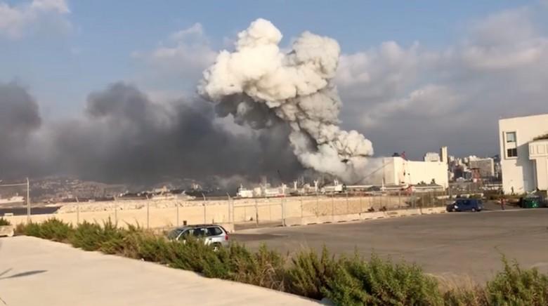 لبنان: أضرار كبيرة فى وسط بيروت جراء الانفجار بالميناء البحرى
