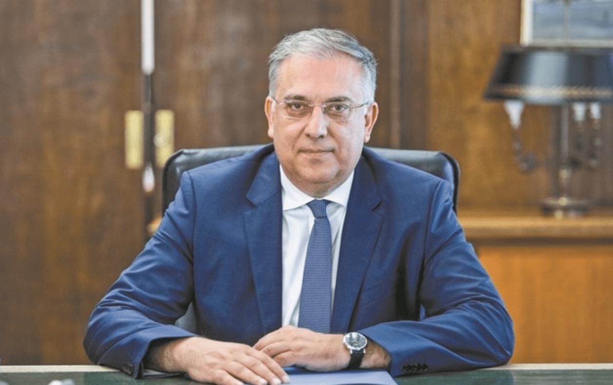 وزير الداخلية اليونانى : خطة حكومية لتوزيع الكمامات مجانا على الطلاب