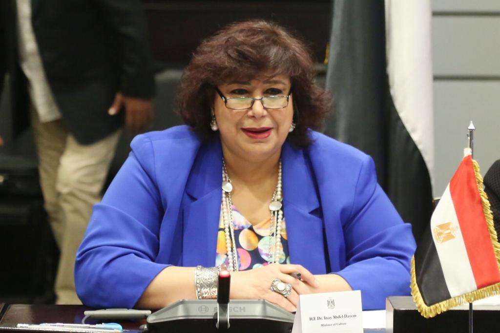 وزيرة الثقافة تسلم شهادات تخريج الدفعة الأولى من «صنايعية مصر» الثلاثاء المقبل