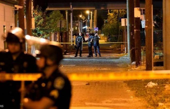 إصابة شرطي أمريكي بالرصاص خلال تظاهرات بمدينة لويفيل في ولاية كنتاكي الأمريكية