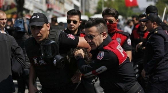 السلطات التركية تعتقل المئات بينهم معارضون أكراد