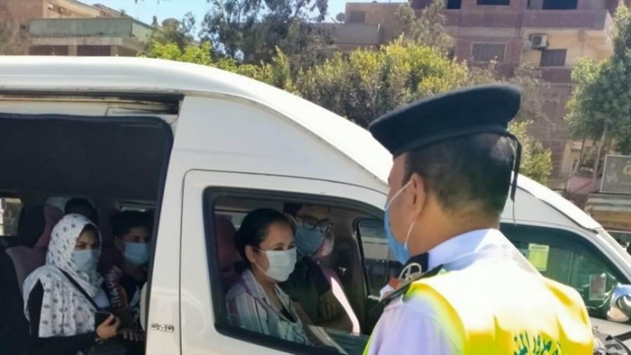 الداخلية تتخذ الإجراءات القانونية تجاه 4767 سائقا لعدم ارتداء الكمامة الواقية