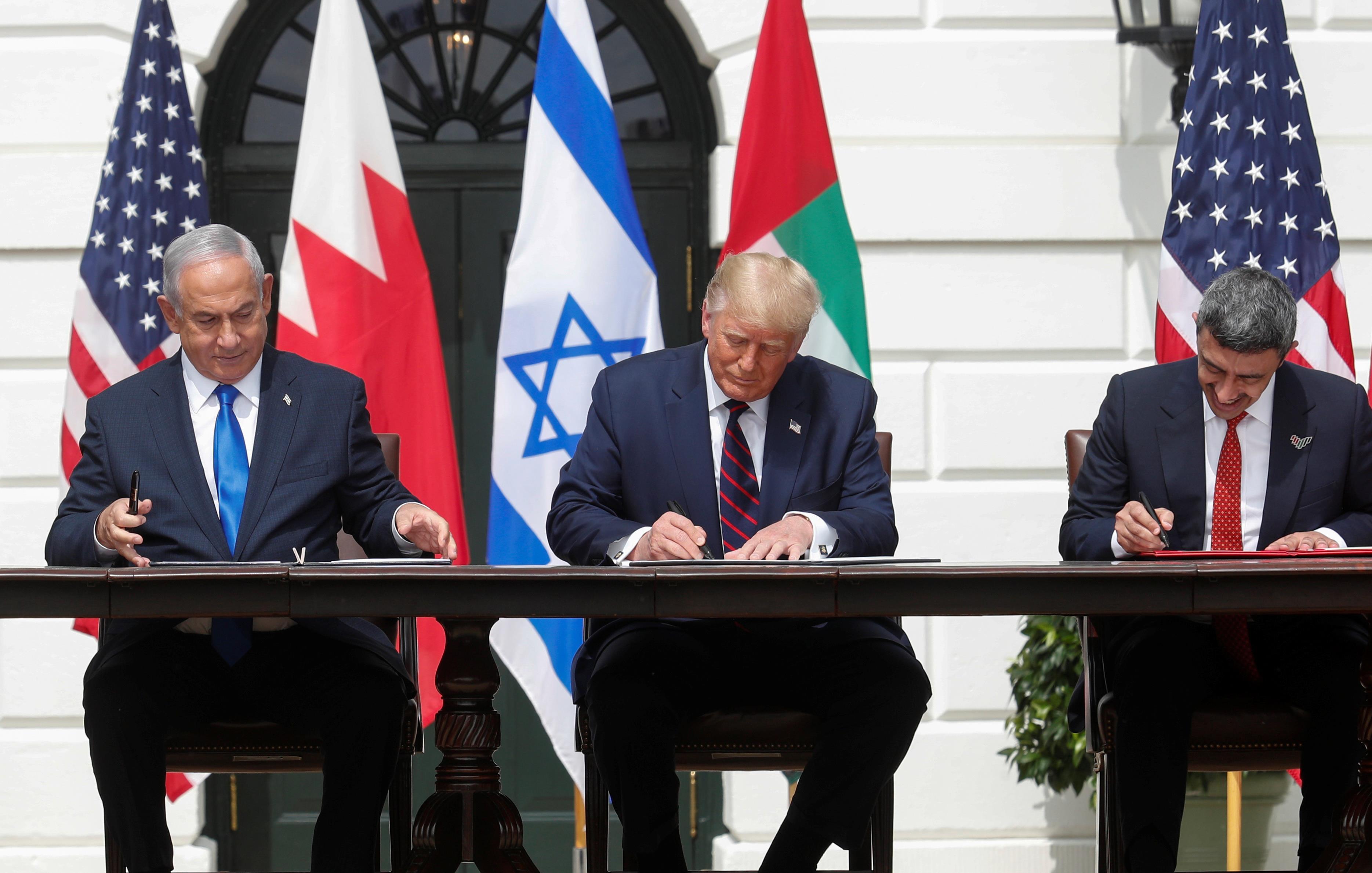 توقيع اتفاق السلام التاريخي11