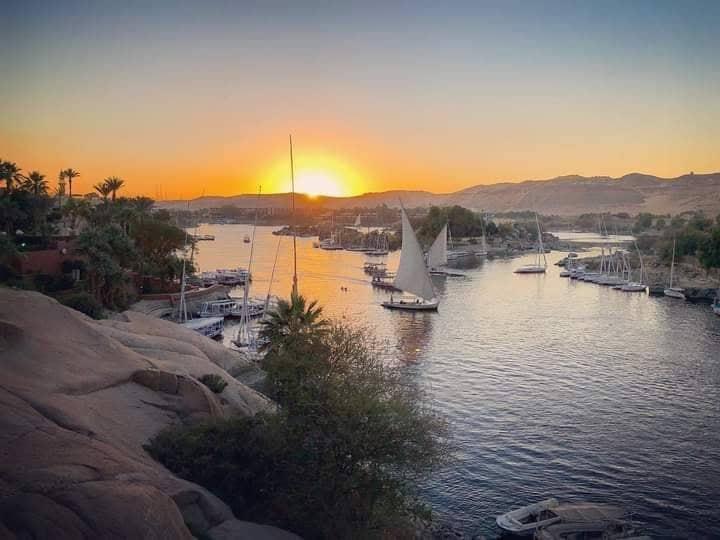الأرصاد الجوية: طقس الغد مائل للحرارة وشبورة مائية صباحا.. والعظمى بالقاهرة 33