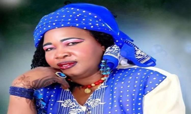 """وفاة الفنانة السودانية """"ستونة"""" صاحبة أغنية """"شيكولاته"""""""