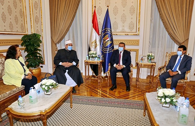 هيكل: يجب ضم جهود كل الوزارات في مبادرة ضخمة لبناء الشخصية المصرية