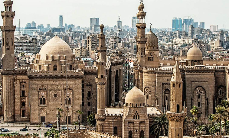 فيديو| مئات الآلاف من المآذن المصرية تعانق السماء
