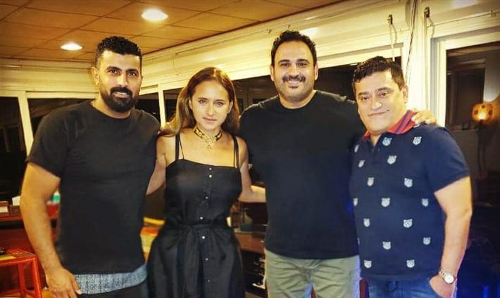 """نيللي كريم وأكرم حسني في """"العميل صفر"""""""