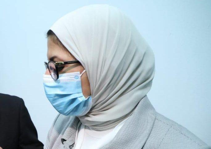 وزيرة الصحة تستقبل أولى شحنات لقاح فيروس كورونا المستجد من الصين