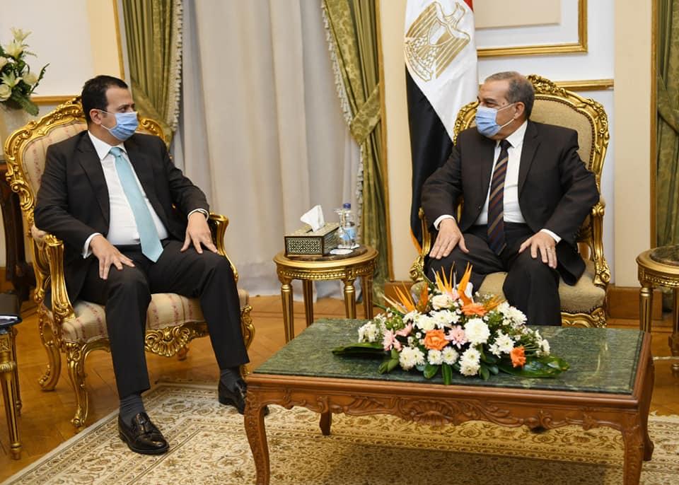 وزير الإنتاج الحربي يبحث نقل خبرات مصر التكنولوجية لجنوب أفريقيا