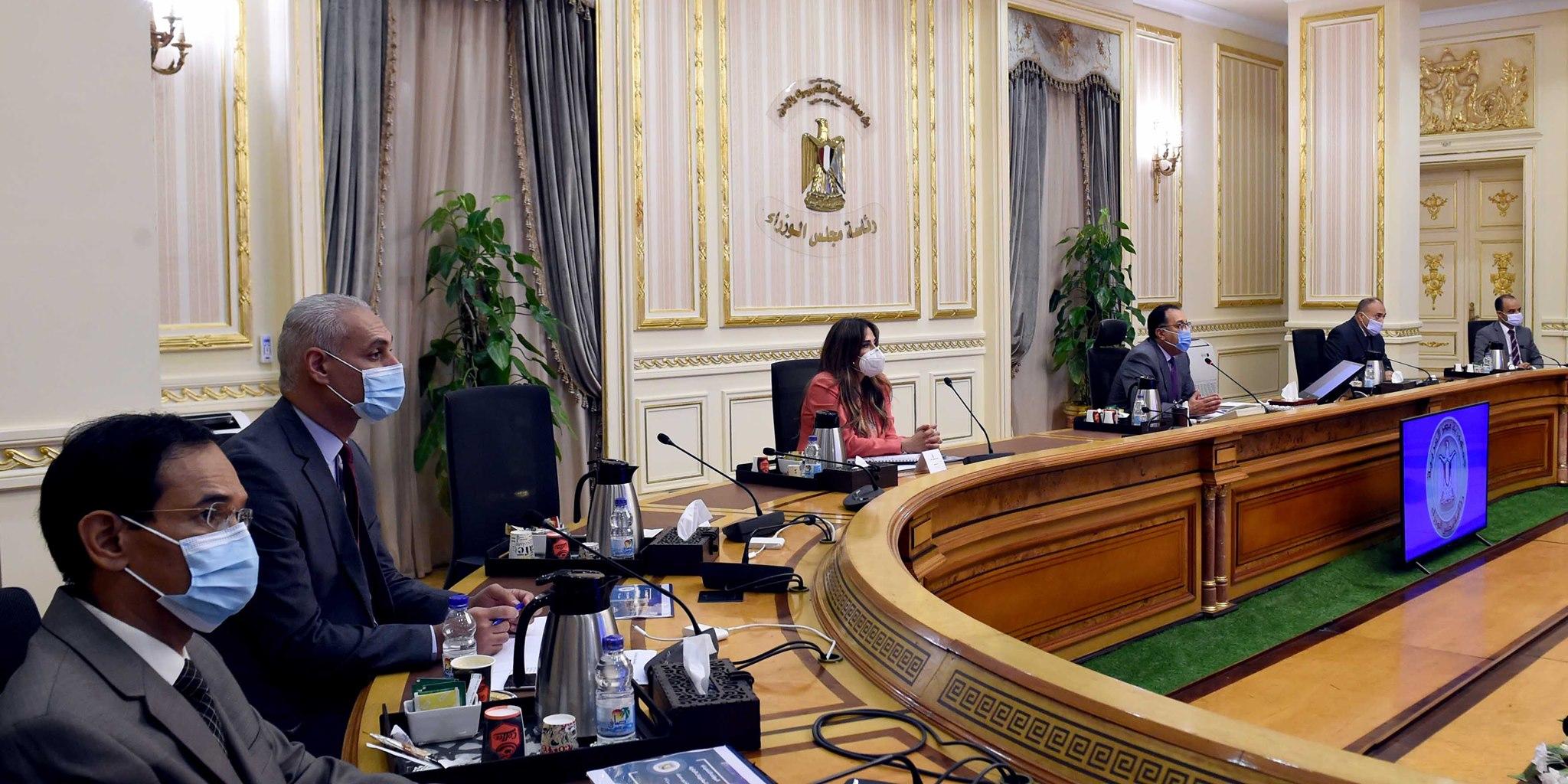 صور | رئيس الوزراء يتابع الموقف التنفيذي للمشروعات التنموية والخدمية بالبحيرة