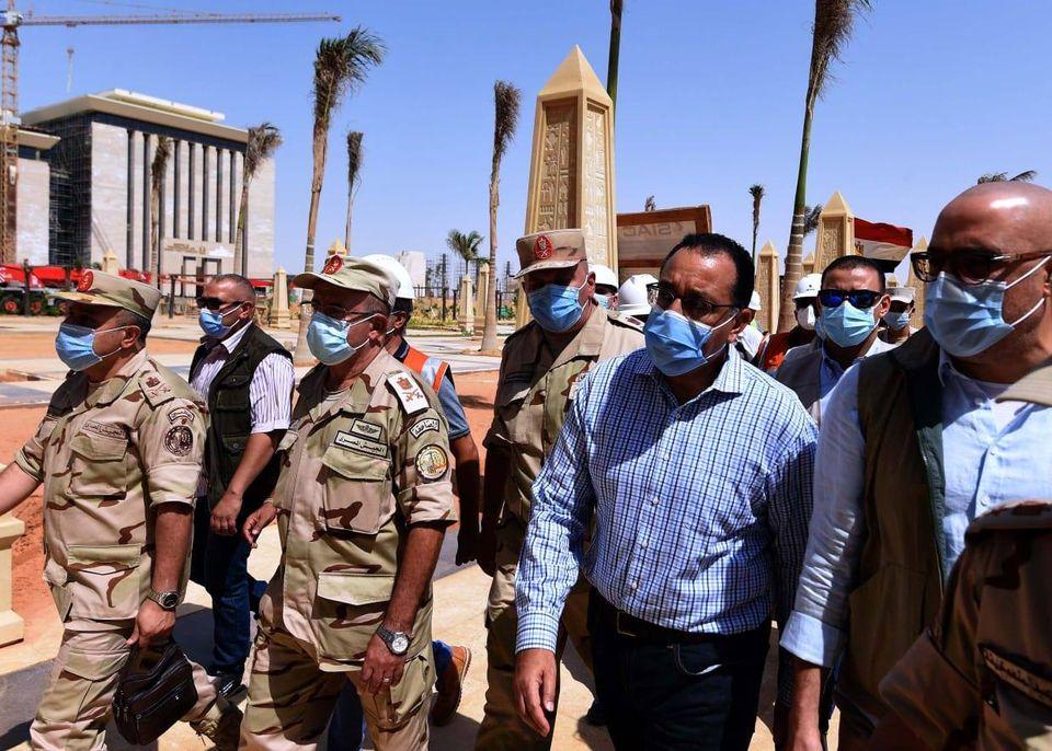صور | «مدبولي» يتفقد مبنى مجلس الوزراء ووزارة الخارجية بالعاصمة الإدارية