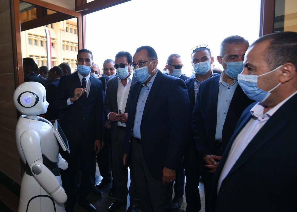 رئيس الوزراء يتفقد عدداً من المشروعات الخدمية والتنموية بمحافظة كفر الشيخ
