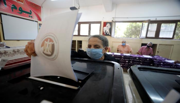 """انطلاق التصويت في جولة الإعادة بانتخابات """"الشيوخ"""" في 14 محافظة"""