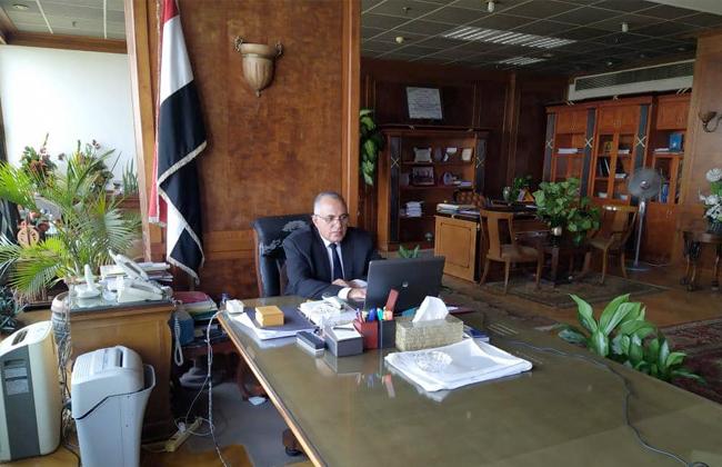 وزير الري يتابع ترتيبات النسخة الثالثة لأسبوع القاهرة للمياه مع اللجنة التنظيمية