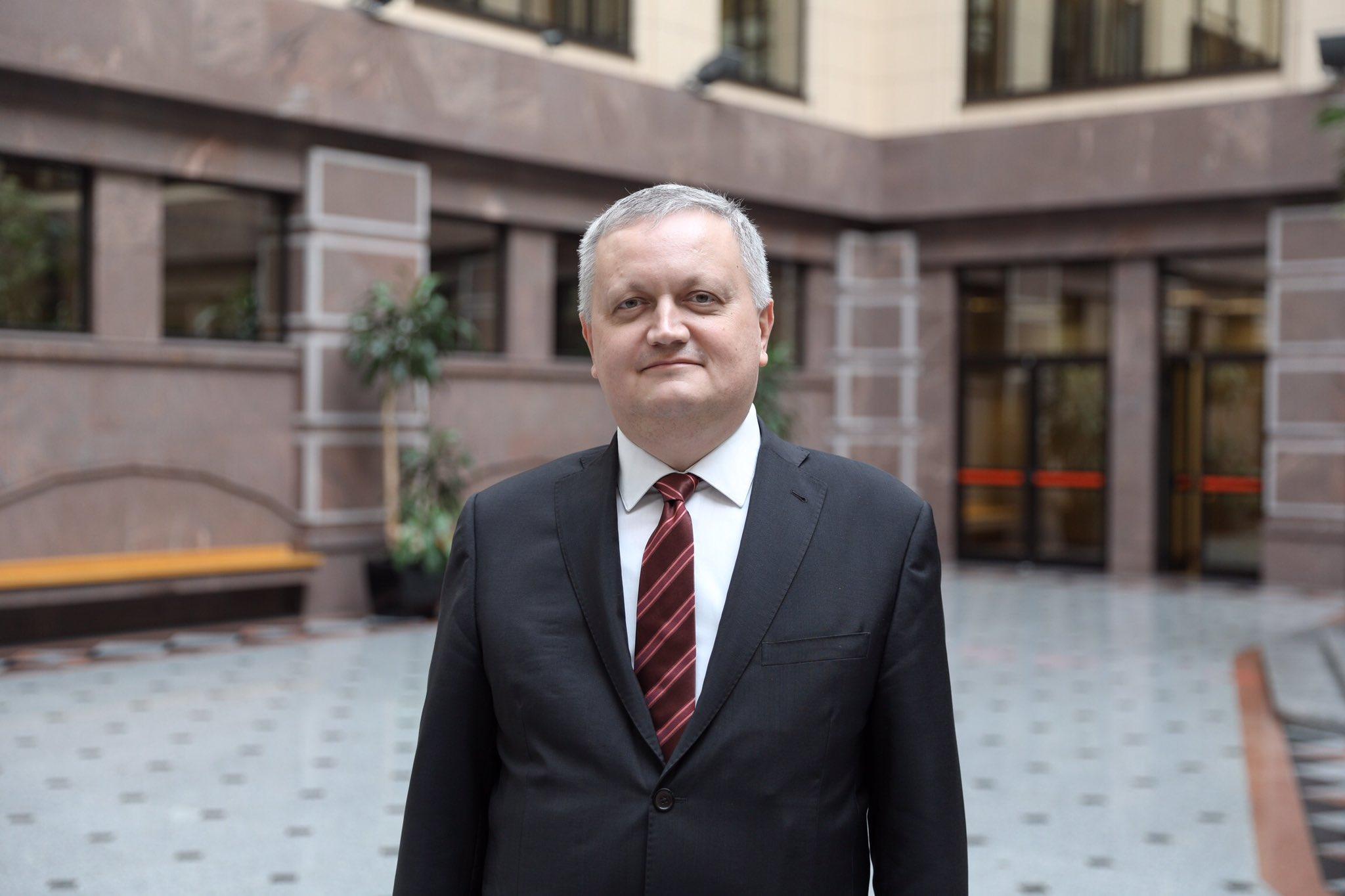 سفير روسيا بمصر يؤكد الاهتمام بالتواصل الشعبى بين البلدين