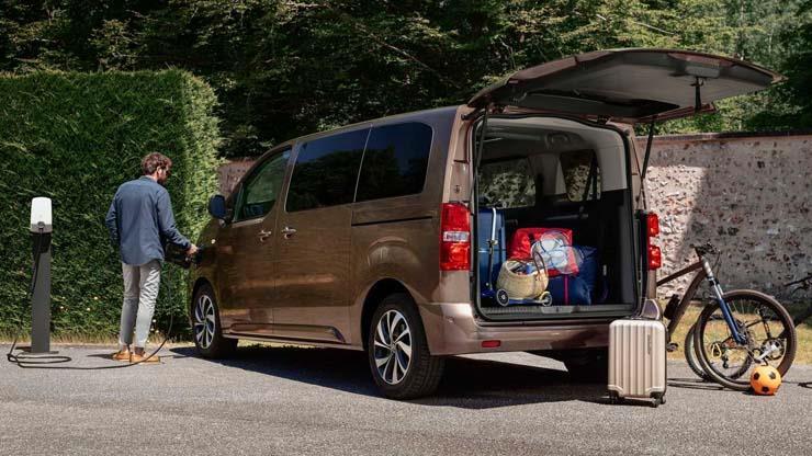 صور | ستروين تكشف عن موعد طرح وسعر سيارتها الفان e-Spacetourer الكهربائية الجديدة