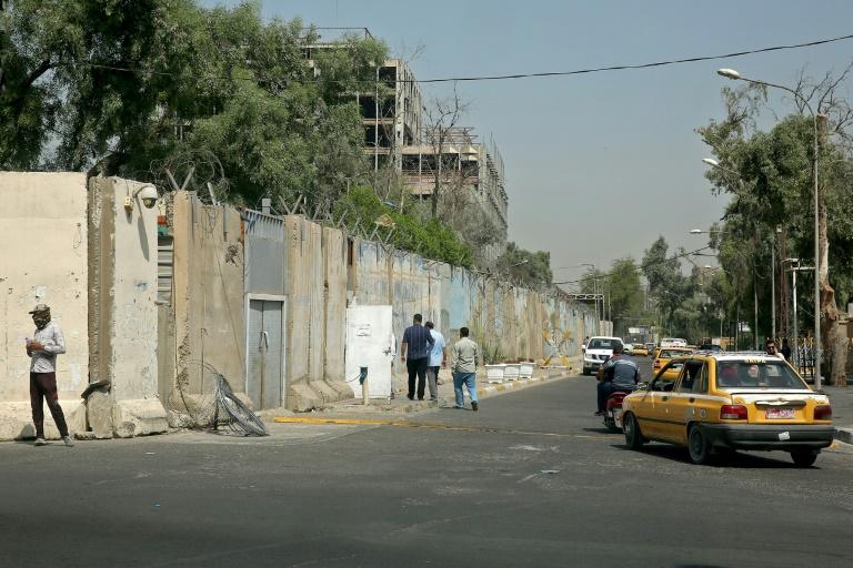 سقوط 3 قذائف هاون داخل المنطقة الخضراء بالعراق