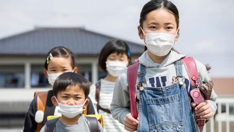 استطلاع يكشف إصابة كورونا لـ 72% من أطفال اليابان بالضغط العصبى