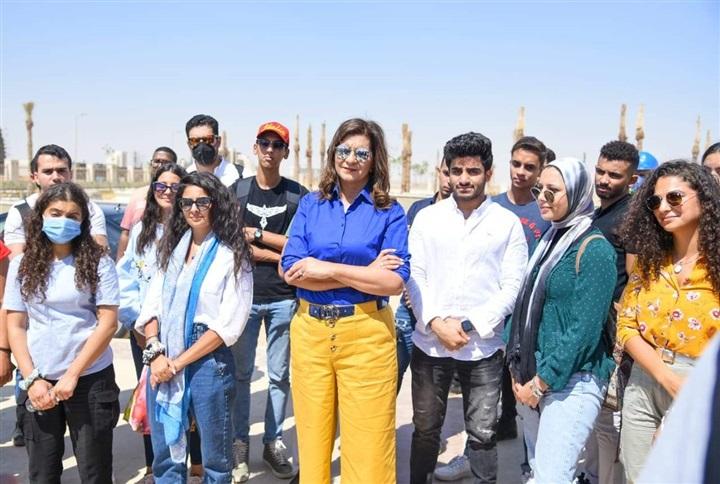 """صور   """"الهجرة"""" تنظم زيارة لوفد الشباب الدارسين بالخارج إلى العاصمة الإدارية"""