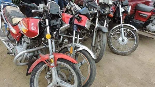 ضبط تشكيل عصابى بالشرقية تخصص في سرقة الدراجات النارية