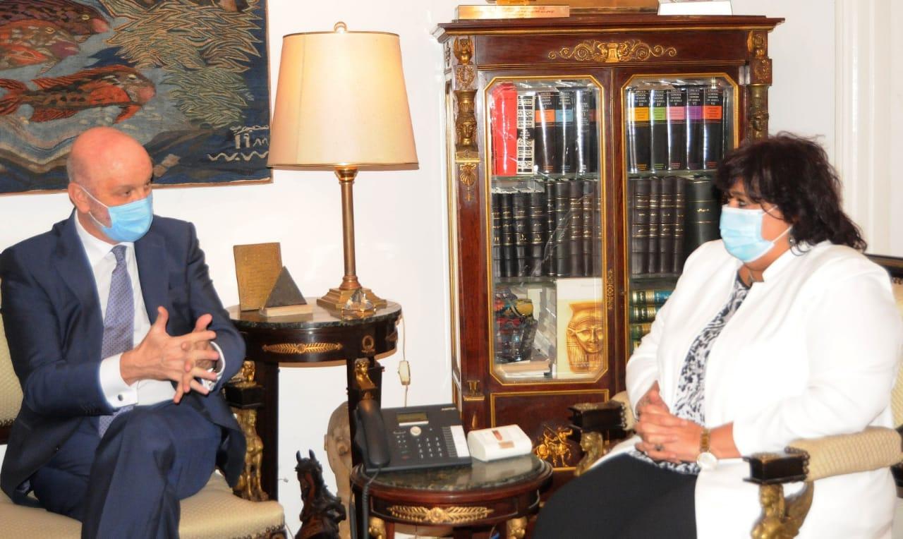 صور   وزيرة الثقافة تبحث مع سفير أسبانيا سبل دعم وتعزيز التعاون بين البلدين