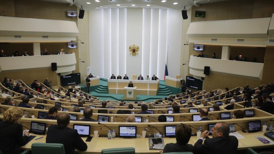 مجلس الفيدرالية الروسى يعد لعقوبات جوابية ضد نواب أمريكيين