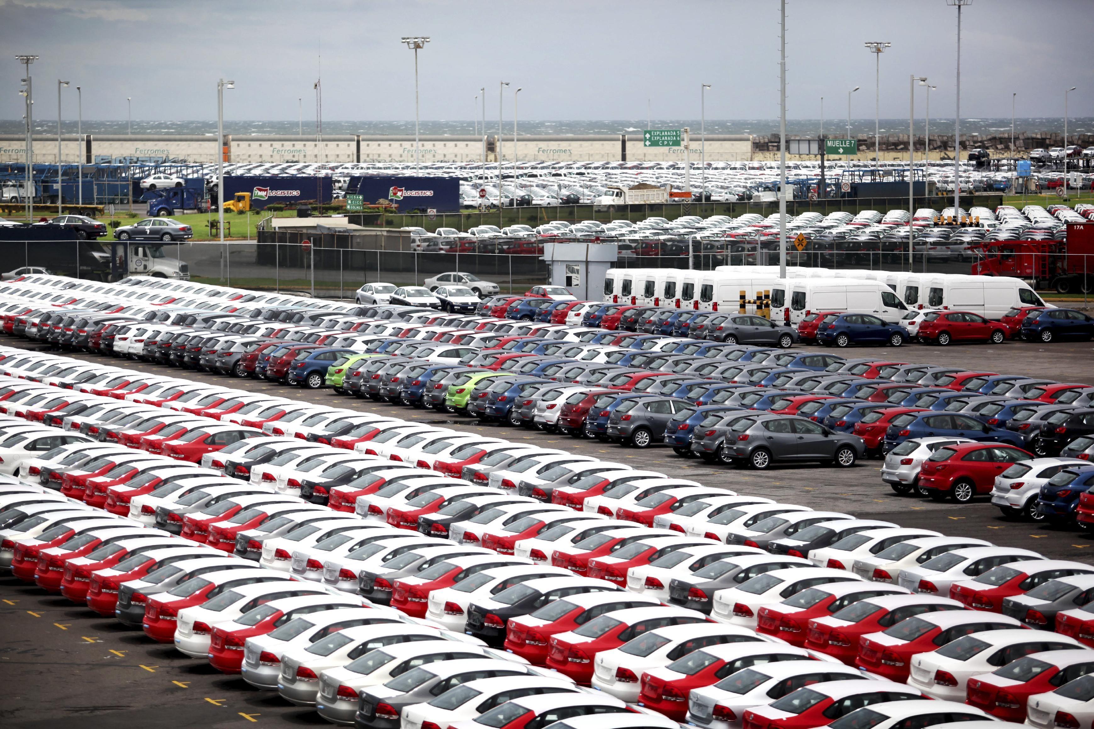 مبيعات السيارات الجديدة فى أوروبا تنخفض 17.6% بأغسطس